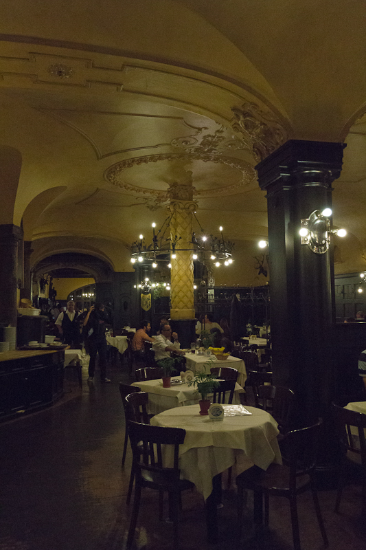 Ресторан Августинер (Augustiner) в Мюнхене - Татьяна Гладченко, 2012
