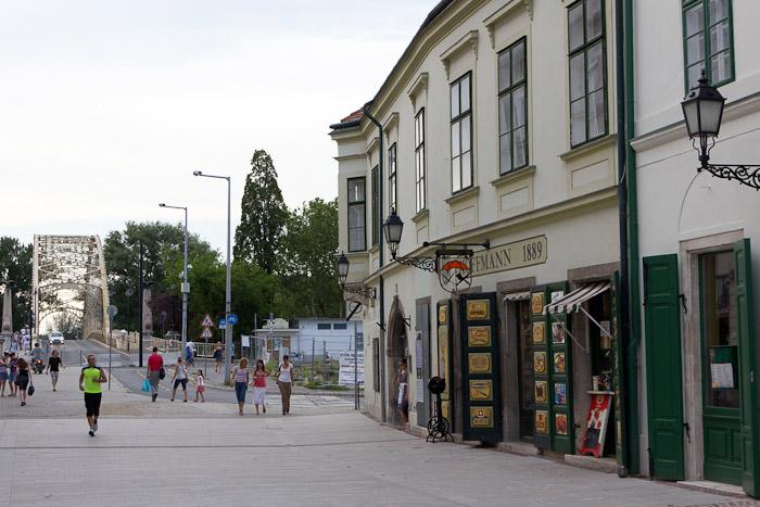 Дьёр, Győr - улочка и мост - Татьяна Гладченко, 2012