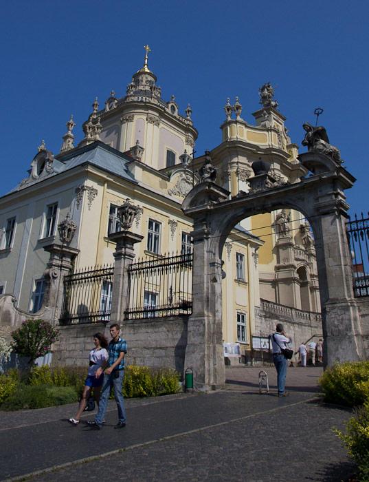 Собор Святого Юра — архитектурный ансамбль
