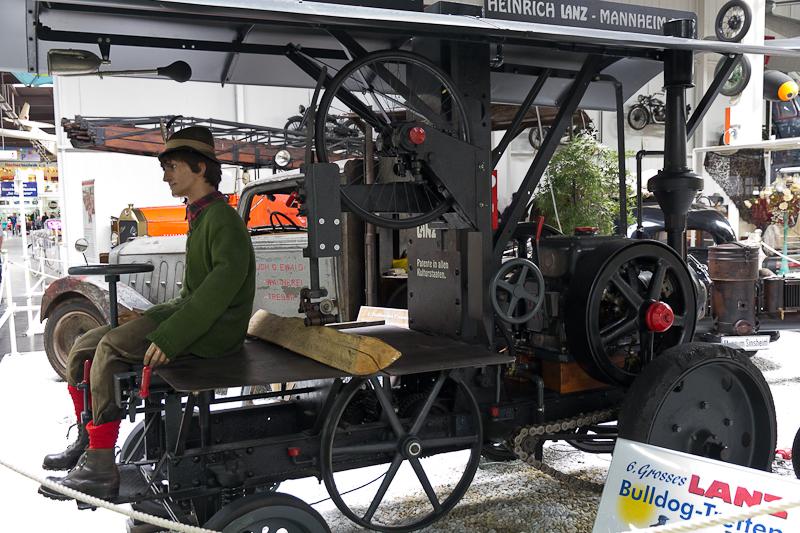 трактор Lanz