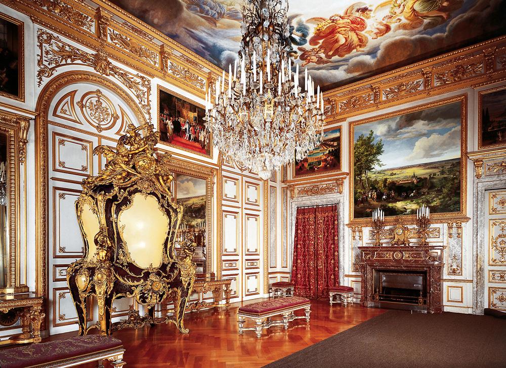 Дворец Херренкимзее (Neues Schloss Herrenchiemsee). Первая приемная комната.