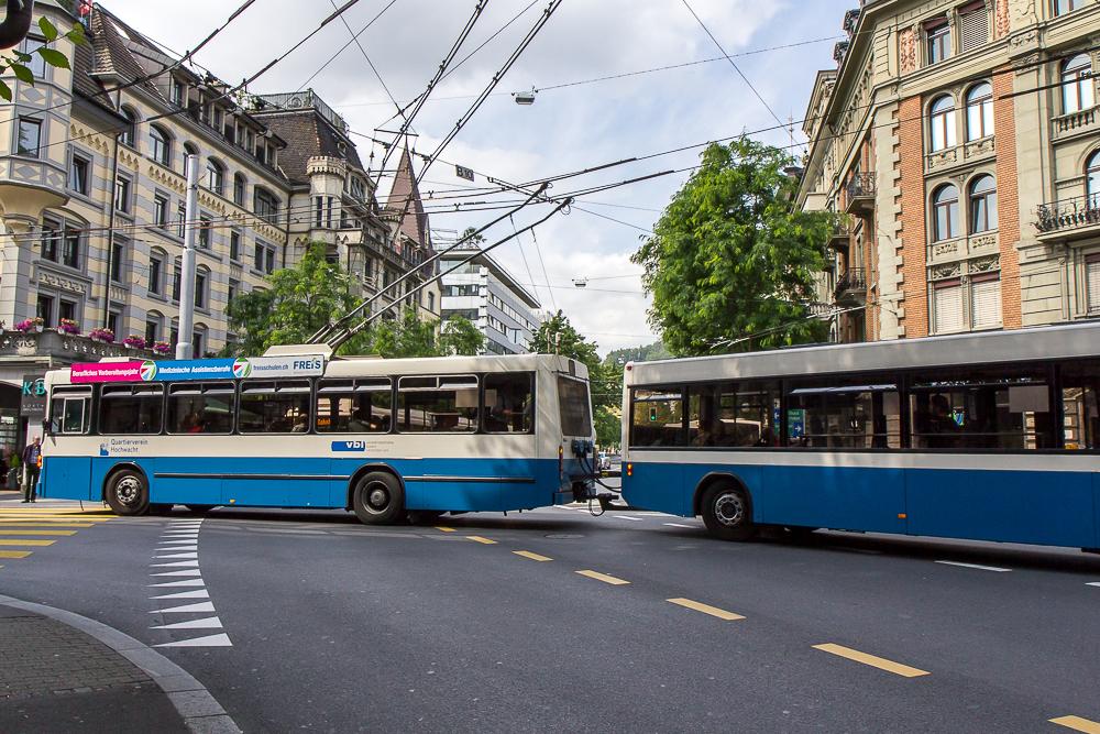 Дорожное движение в Люцерне (Luzern), Швейцария ©Татьяна Гладченко, 2014