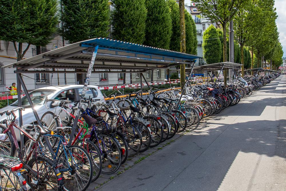 Велопарковка в Люцерне (Luzern), Швейцария ©Татьяна Гладченко, 2014