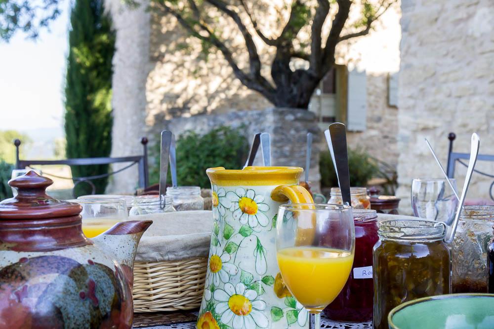 Завтрак в Le Mas Fontaure, Bonnieux ©Татьяна Гладченко, 2014