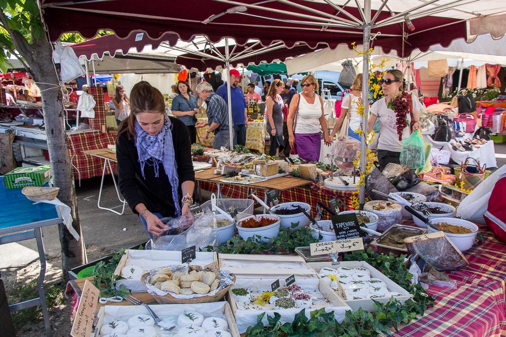 Рынок в Боньё (Bonnieux) ©Татьяна Гладченко, 2014