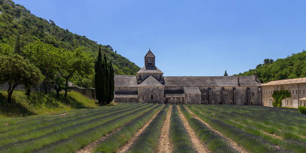Аббатство Сенанк (Abbaye Notre-Dame de Sénanque) © Татьяна Гладченко, 2014