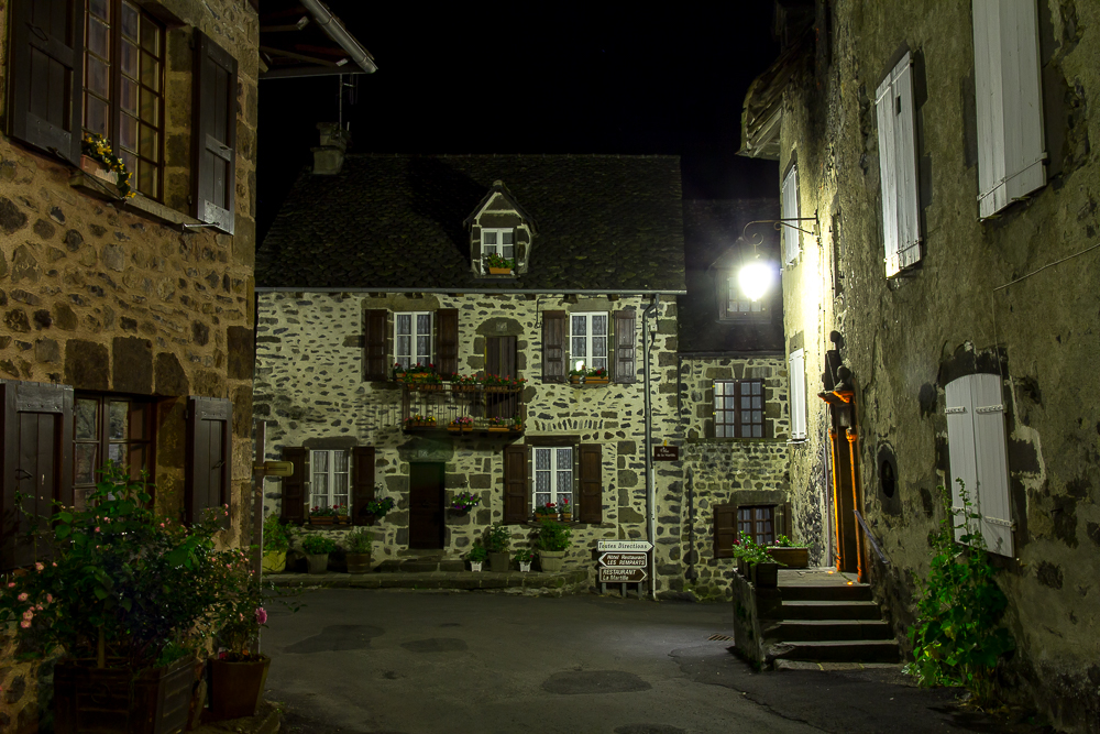 Ночной Салер (Salers), Франция ©Татьяна Гладченко, 2014