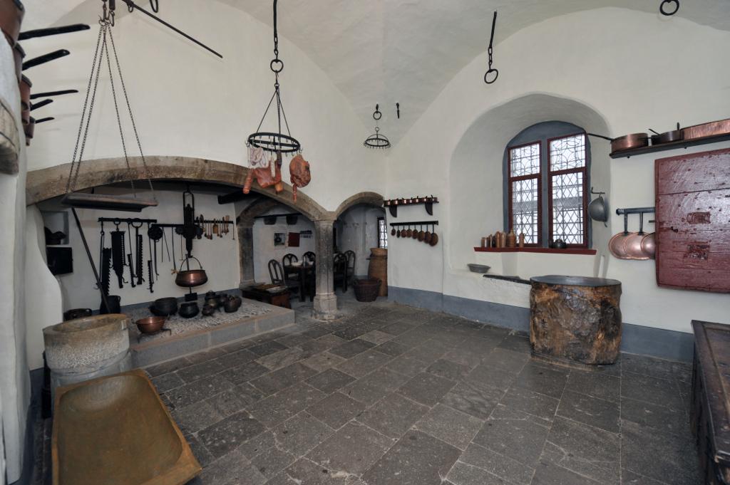 Rodendorfer Kueche, Burg Eltz
