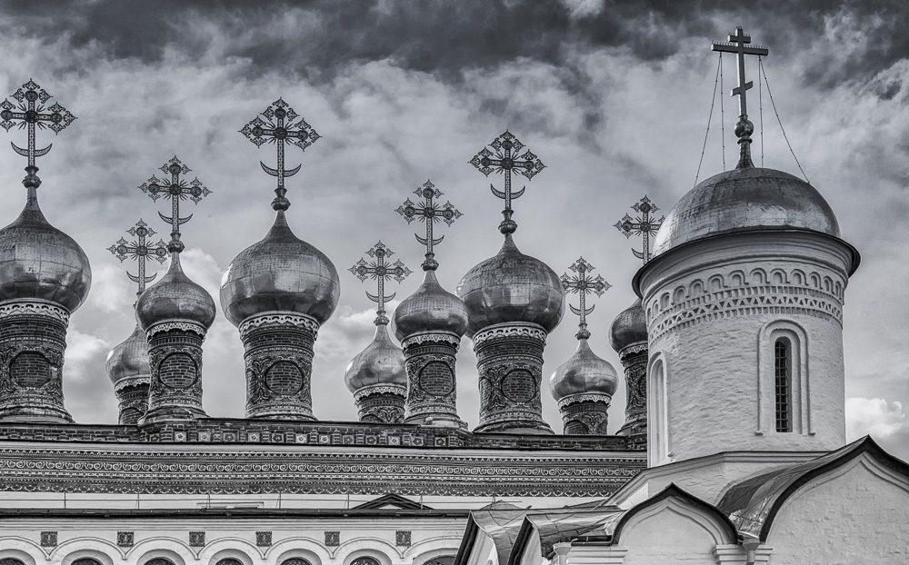 Показушное. Москва. Лето 2015 ©Татьяна Гладченко, 2015